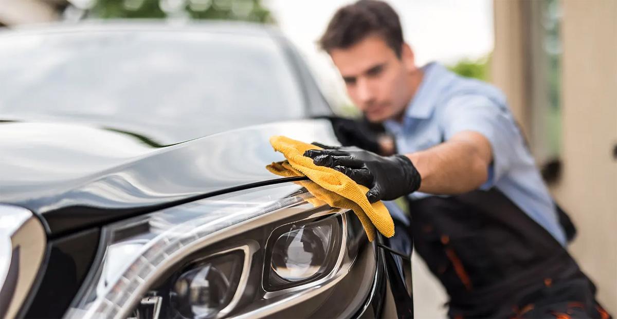 Как вернуть первоначальный блеск автомобилю